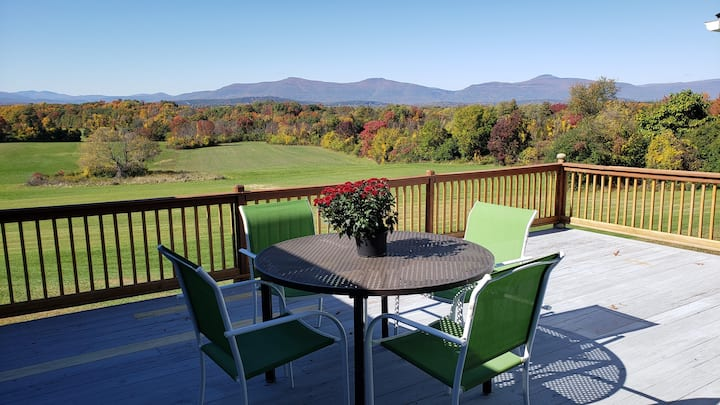 Entire house with panoramic views of Catskill mts