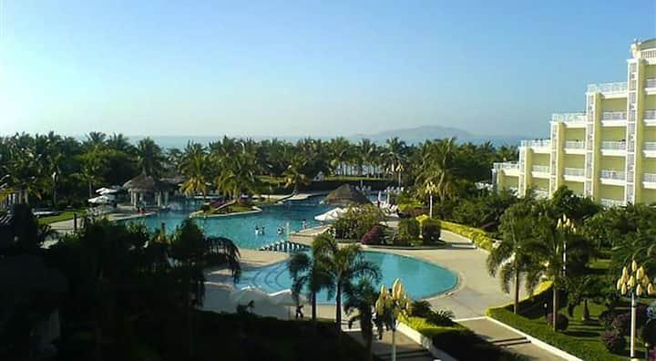三亚湾天福源度假公寓,1分钟到海边