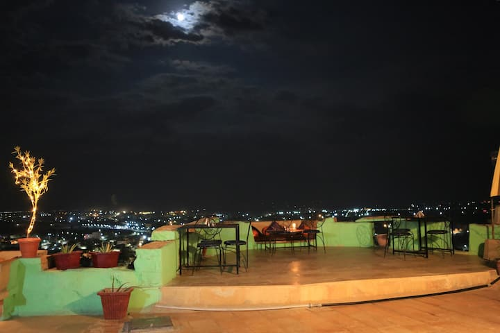 A Cozy B&B on East Fort Wall in Jaisalmer Fort!