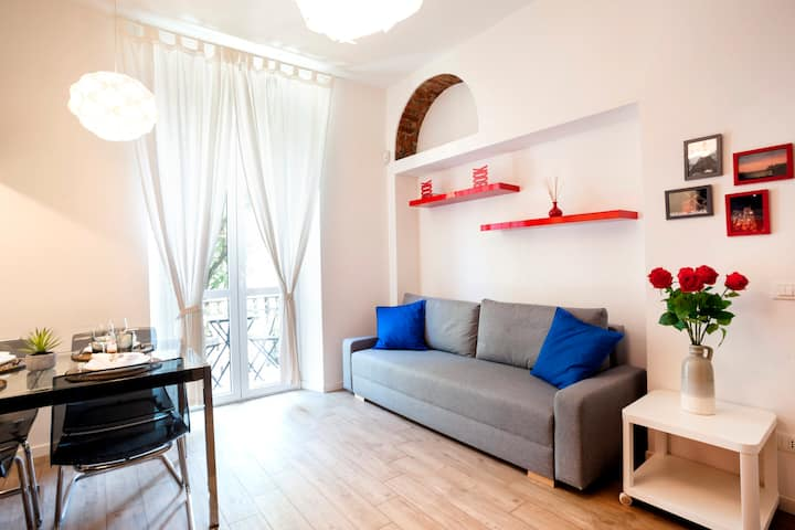 Hemeras Boutique Homes : smart flat with balcony