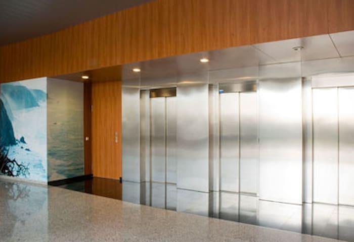 Elegante apartamento en l'Ampolla a 50m. de playa - L'Ampolla - Daire