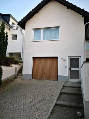 Ferienwohnung Ferienhaus Bornheim