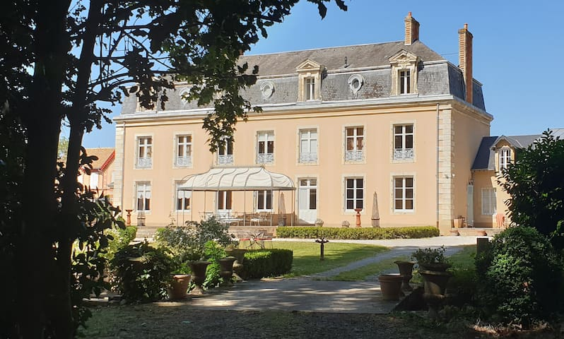 La Villa des Arts, splendide demeure avec piscine