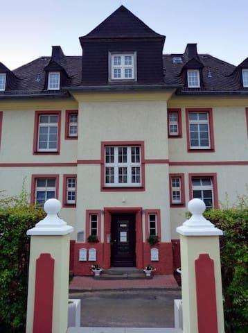 Spilburg Apartments
