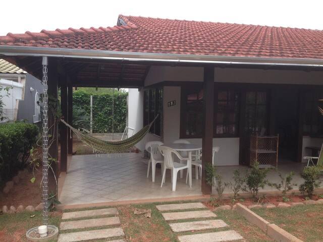 Casa em Bombas, Bombinhas - Bombinhas - Ev