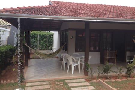 Casa em Bombas, Bombinhas - Bombinhas - Casa