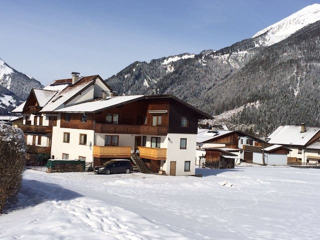 Self catered Apartment in Ehrwald. - Ehrwald - Huoneisto