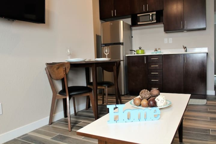 Long Term One Bedroom Rental in Old Town, SD,CA