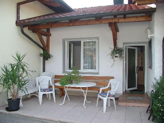 Weingut Ringwald, (Herbolzheim), Ferienwohnung 1, EG, 1 Schlafraum, max. 3 Personen