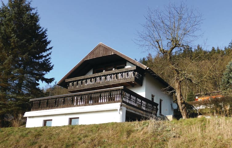 Holiday cottage with 2 bedrooms on 66 m² in Wasungen