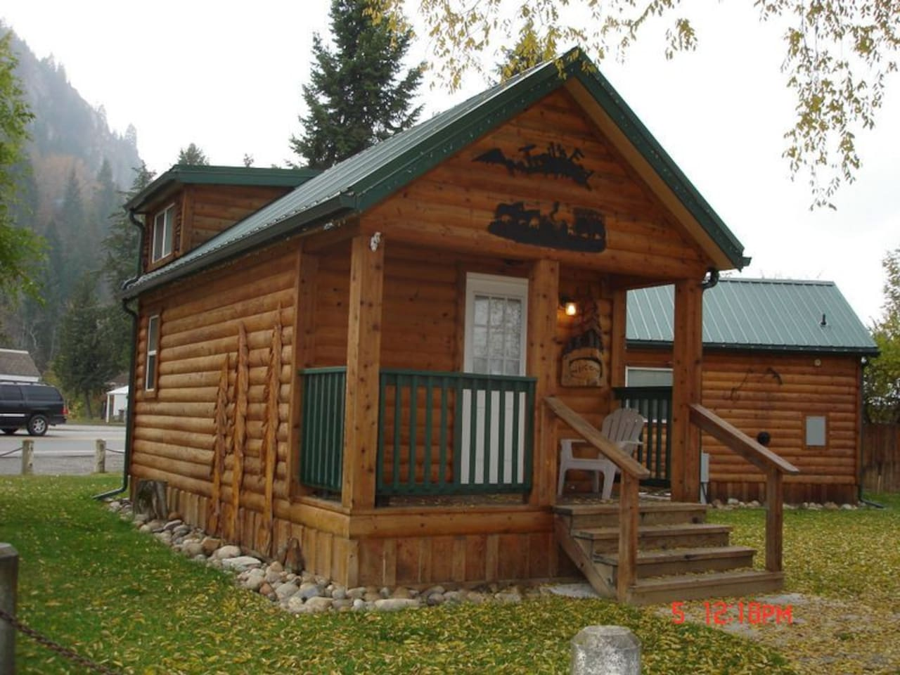 Trail's End Cabin in the Fall
