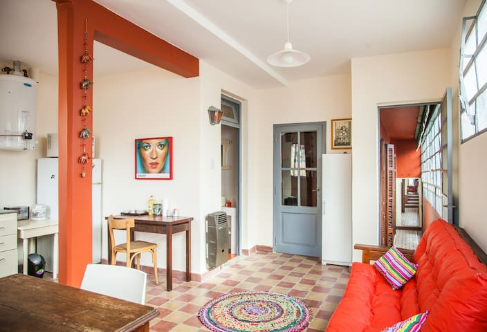 SAN TELMO / Screenwriter apt / historic district - Buenos Aires