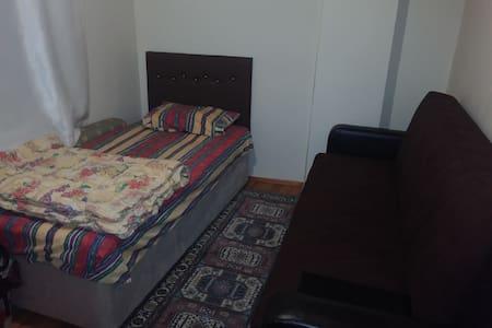 leventte küçük bir oda - Kağıthane