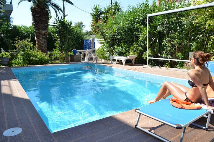 House with swimming pool and garden - Alimos - House