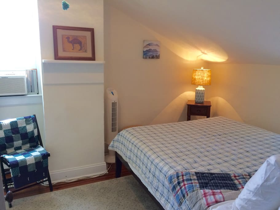The bedroom on the 2nd floor has a queen-size bed, with a new foam mattress. Extra pillows are available upon request!