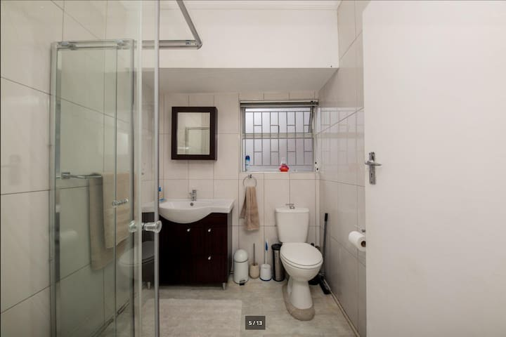1-bedroom Available in a 2-bedroom Apartment