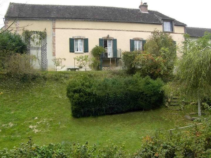 19th Cent Cottage, garden & stream