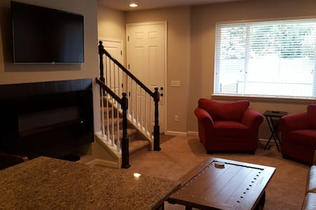 New Townhome at Littleton Village - Littleton
