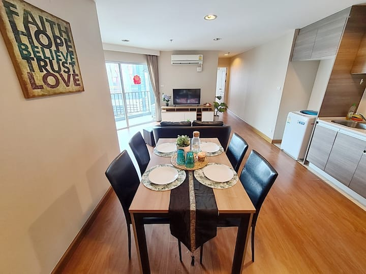 HOME ESSENCE LUXURY 1 BR/WIFI/POOL