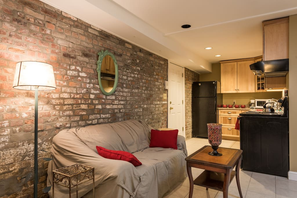 The Dorothy Entire 1br Apt At The Hudson House Apartments For Rent In Troy New York