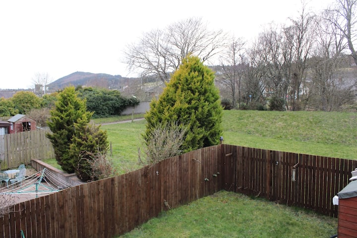 Taigh Mhic Dhugaill- Self catering