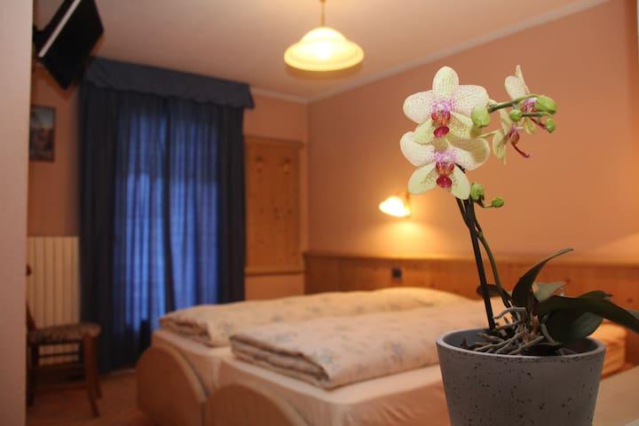 BB Caravasc Livigno Camera romantica con colazione