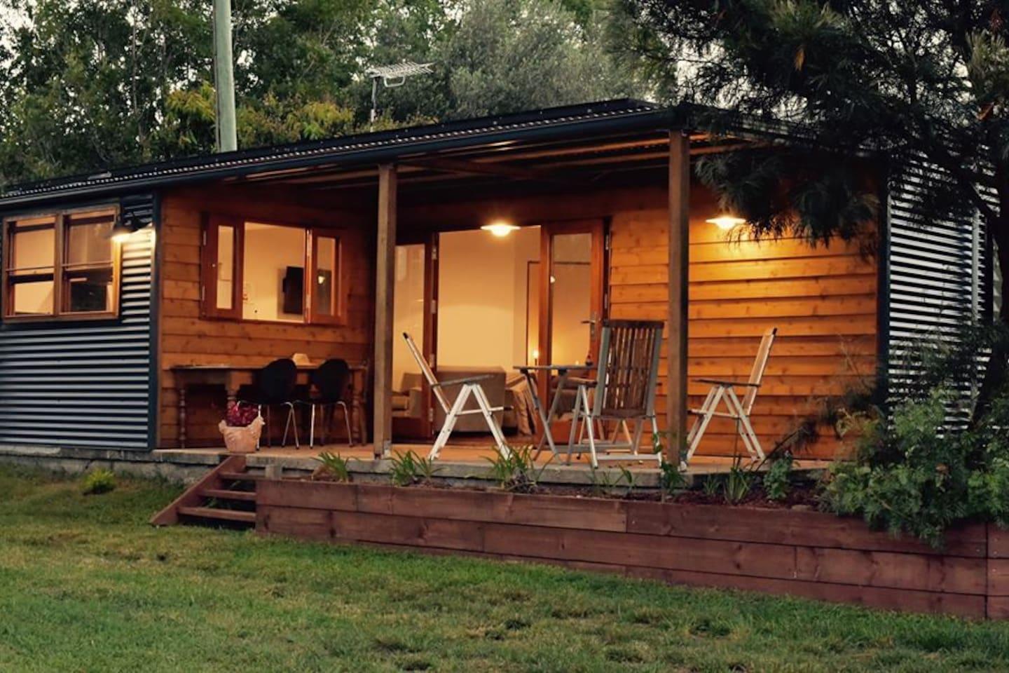 the chook house cabins for rent in binna burra new south wales