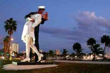 Kissing Sailor Statue at Sarasota Marina