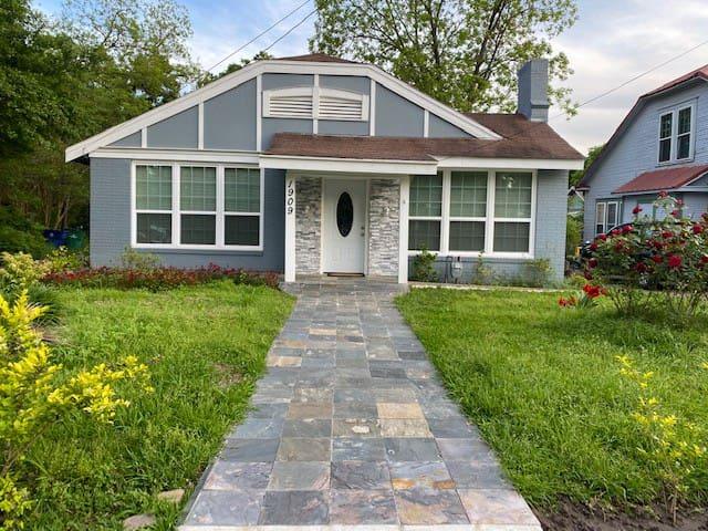 Greenville Cottage