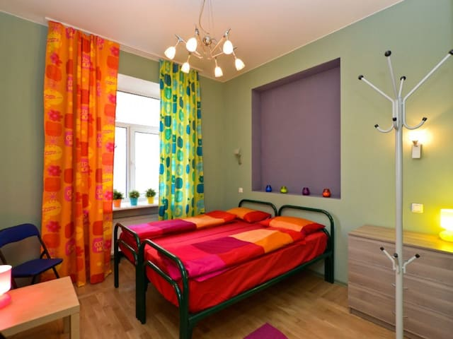 Double room with two single beds. Hostel City812