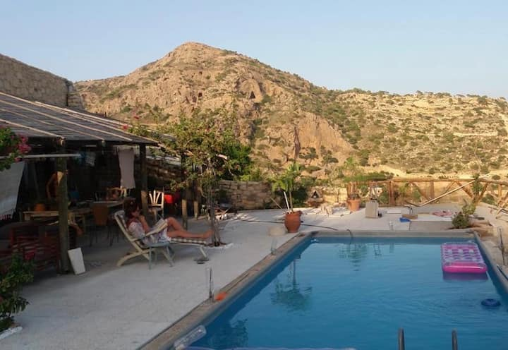 Private room in Cretan House with pool & sea view