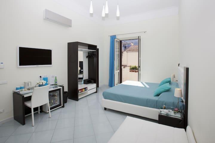 Deluxe Room, Sorrento City Centre