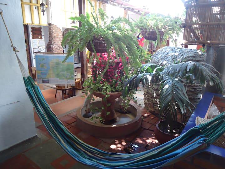Habitacion con aire condicionado en Casa Colonial