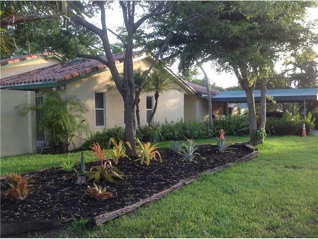 South Miami/Coral Gables area home