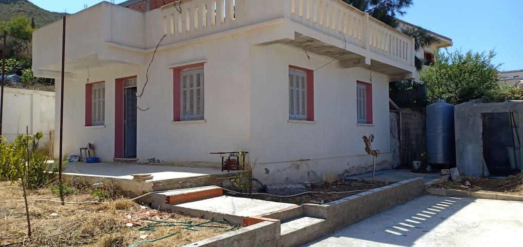 Villa de repos a proximité du port de beni ksila
