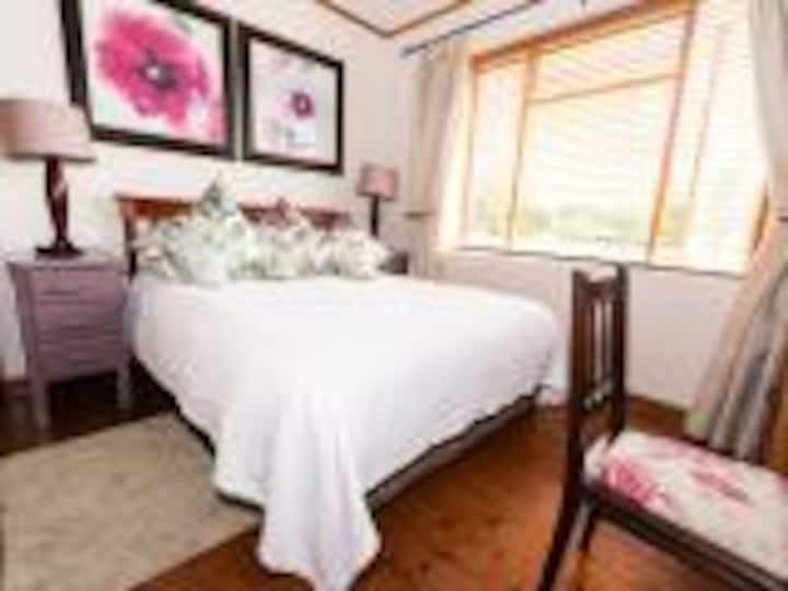 Presidents Boutique Lodge - Standard Rooms