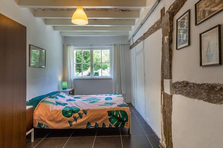 Slaapkamer 5 (begane grond)