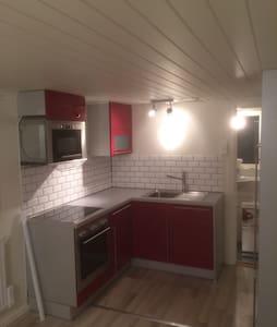Stuga på Ingarö - Ingarö - Huis