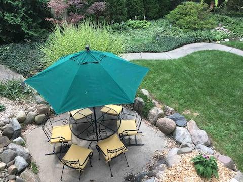 Super comfy & spacious One BR/One  BA garden level