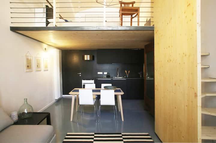 Charming & Quiet Loft Apartment