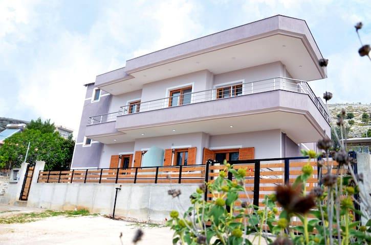 Sol Levante Villa