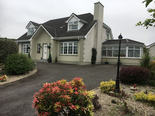 Lovely home in Finn valley area