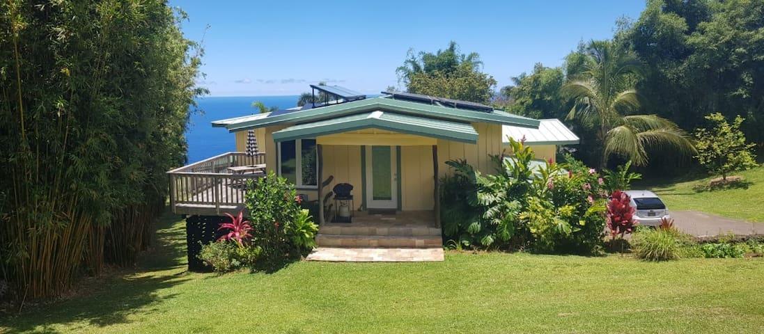 Waipio Valley Nanea, Private Deck & Ocean Views