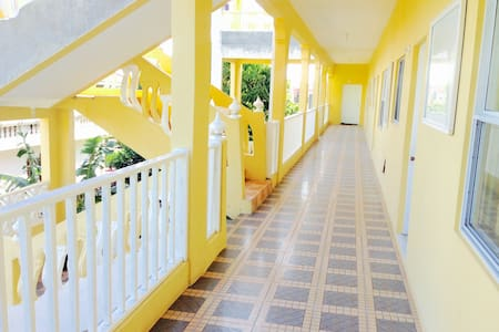 SPRING PALM ESTATE OCHO RIOS - Tower Isle - Apartamento