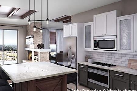 Marble Falls, TX, 3-bedroom penthouse #2 - Marble Falls