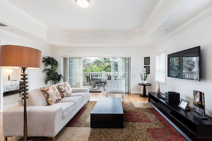 Modern 3 Suites Vacation Apartment (266652)