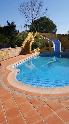 Villa en lugar privilegiado de la ciudad - Écija - Casa