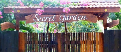 Secret Garden Resort, Garden Cabin 1'