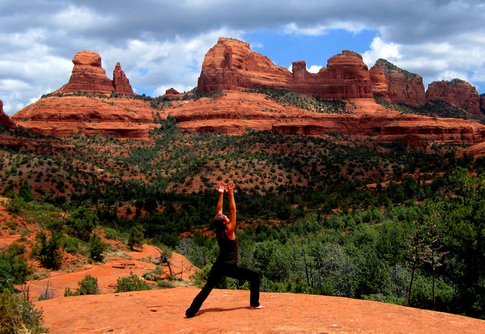 We offer Studio, One, Two and Three Bedroom Villas.  Plus 4 Heated Pools & 6 Hot Tubs. Voted Top 5 Best Places to Stay in Sedona. Sedona Vacation Rental