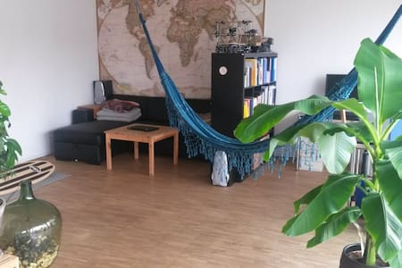 Lovely and modern apartment in car-free area - 베른(Bern)